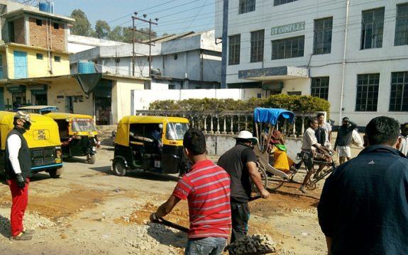 nagarjan-potholes-repair.jpg
